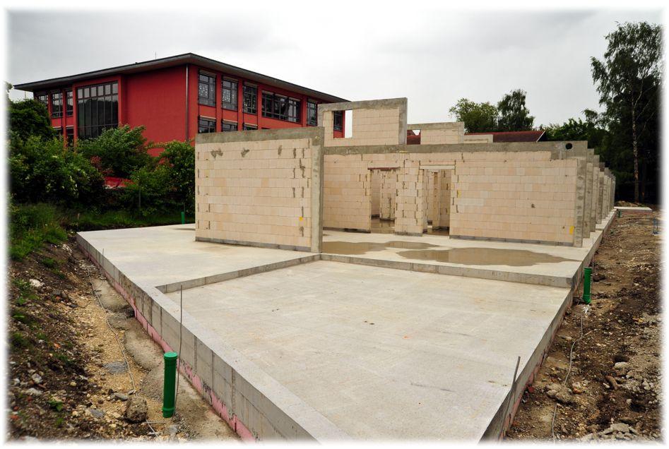 Der Neubau des katholischen Kindergartens ist im Rohbau fertig