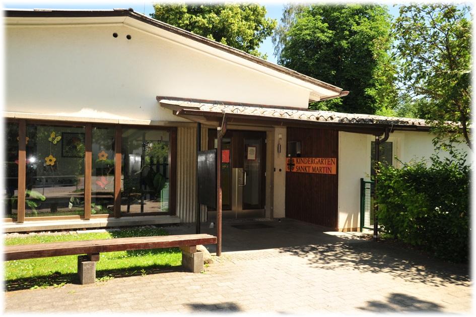 Eingang zum katholischen Kindergarten St. Martin