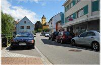 Neu geordnete Parkplatzsituation in der Lindenstraße